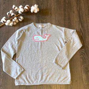 🐳 Vineyard Vines Gray sweater Y14
